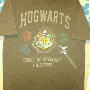 Harry Potter tee and scarf